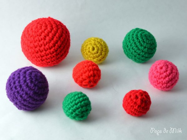 Crochet Christmas Baubles and Christmas Tree WIP - Pops de Milk1