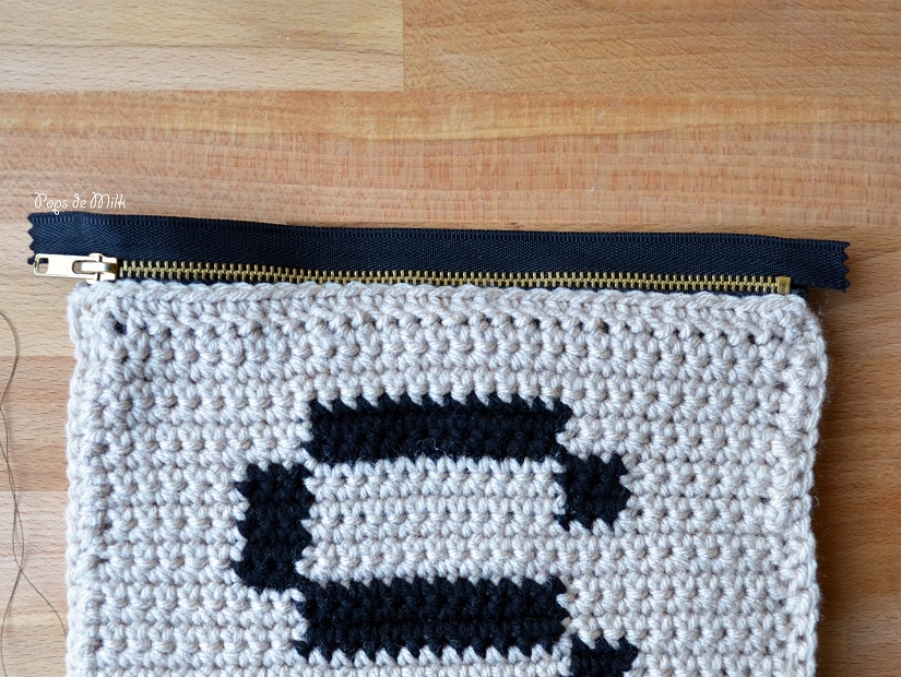 crochet-scrabble-pouch-zipper-pops-de-milk