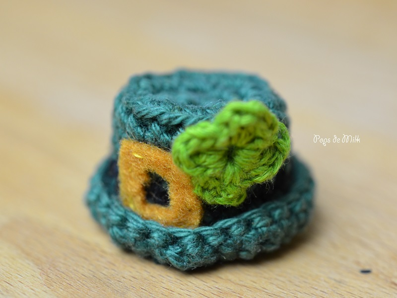 Crochet Lucky Hat Key Chain- Pops de Milk
